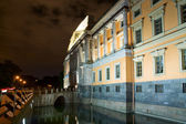 The facade of the Mikhailovsky Castle. Night St. Petersburg. Rus — Stock Photo
