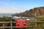 Cliff edge danger — Photo