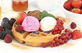 Fresh Waffle with ice cream — Foto Stock