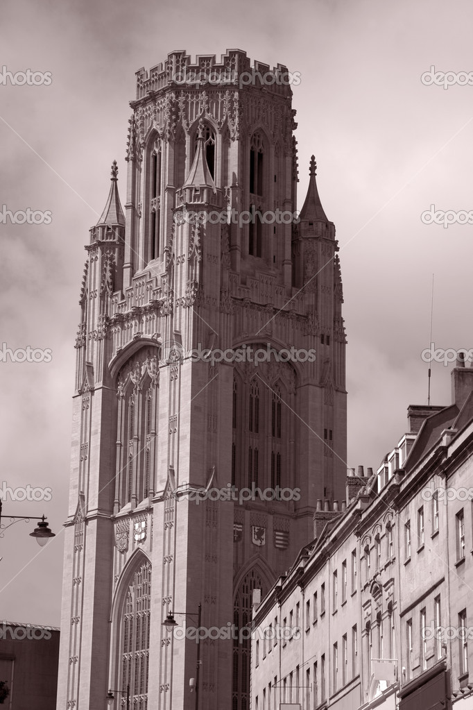 Wills Memorial Building of Bristol Univeristy and Park Street, Bristol, England, UK — Stock Photo #6879265