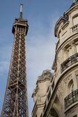 艾菲尔铁塔和巴黎建筑 — 图库照片