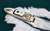 Italy, Tyrrhenian Sea, Tecnomar 26 luxury yacht, aerial view — Stock Photo