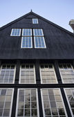 Holland, Amsterdam, the facade of an old private house — Stock Photo