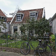 Holland, Edam village (Amsterdam), typical dutch stone house — Stock Photo