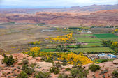 City of Moab from Moab Rim in the Fall — Zdjęcie stockowe