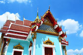 Hermoso templo del buda de azul — Foto de Stock