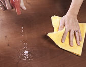 Cleaning dining table — Stock Photo