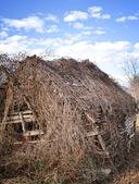 被遗弃的旧农场建筑物谷仓 — 图库照片