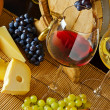 Wine and cheese — 图库照片