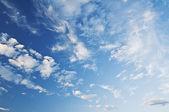 Cielo azul con nubes closeup — Foto de Stock