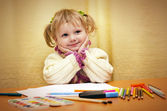 A girl is engaged in drawing — Stock Photo