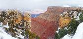 Vista panorámica del gran cañón en invierno con nieve — Foto de Stock