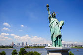 Statue of Liberty and Tokyo Skyscrapers — Stock Photo