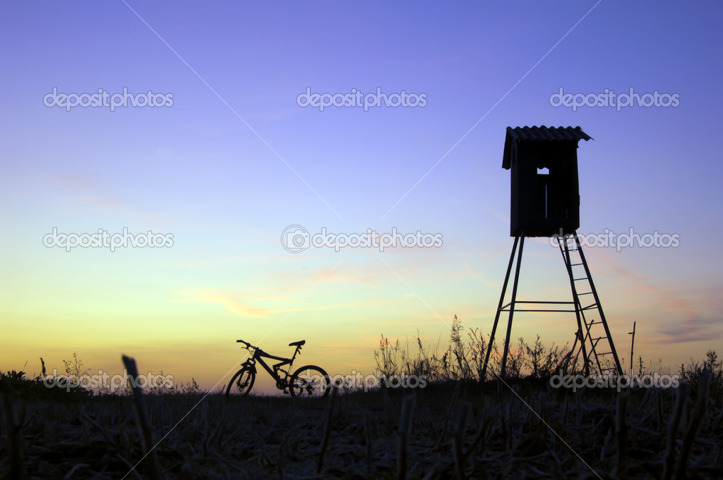 Hunting hut silhouette stock photo superbo 6945027 for Hunting hut plans