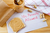 Warning - No Peanuts Allowed — Stock Photo