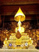 Standbeeld van boeddha in wat pho, bangkok — Stockfoto