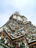 Angel Statue of the Wat Arun , Bangkok — Stock Photo