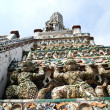 Monkey Statue of the Wat Arun , Thailland — Stock Photo