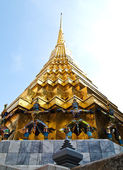Pagoda of Wat Phra Kaew , Bangkok — Stock Photo