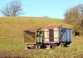 Oude boerderij aanhangwagens — Stockfoto
