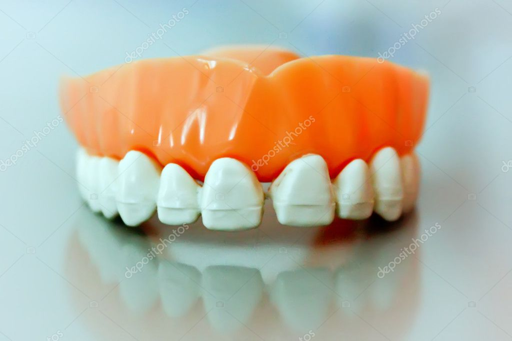 Frontal view of dental prosthesis — Stock Photo #7163973
