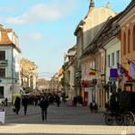 Day scene from Piata Sfatului, Brasov - Romania — Stock Photo