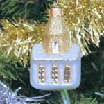 árvore de Natal decorada com brinquedos — Foto Stock