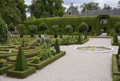 Queen's garden in Paleis Het Loo — Stock Photo
