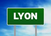 Panneau de signalisation vert - lyon, france — Photo