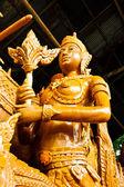 Ubonratchatha でキャンドル祭りタイ スタイル ワックスの天使像 — ストック写真
