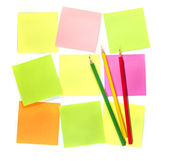 Colour pencils and postit for reminder note — Stock Photo