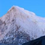 Snowy Mountains — Stock Photo