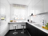 Modern white kitchen — Stock Photo