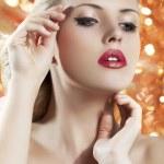 blondýnka s redgolden rty — Stock fotografie