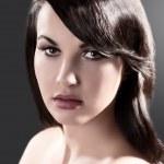 skönhet porträtt av en brunett — Stockfoto #7358668