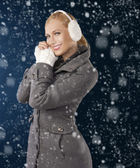 Cute girl ready for the winter cold day posing — Stock Photo