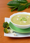 Broccoli soup with cheese — Stock Photo