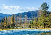 Geadas de outono na clareira de montanha — Foto Stock