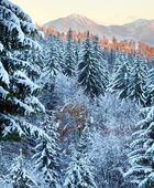 Winter sunset mountain landscape — Stockfoto
