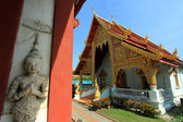Beautiful temple and buddha in Thailand : Chiangmai — Stock Photo