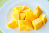 Mango on white dish : Most popular and delicious Thai fruit — Stock Photo