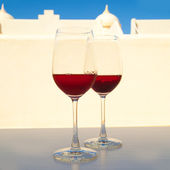 Two glasses of very dark chilled rose, set outside — Stock Photo