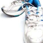 paio di scarpe da corsa su sfondo bianco — Foto Stock