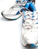 Parę buty do biegania na białym tle — Zdjęcie stockowe