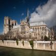 The Notre dame de Paris church side view — Stock Photo