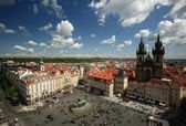 Old Town Square in Prague, Czech republic. — Stock Photo