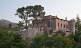 Chateau of Vauvenargues - Pablo Picasso's residence in Provence, — Stock Photo