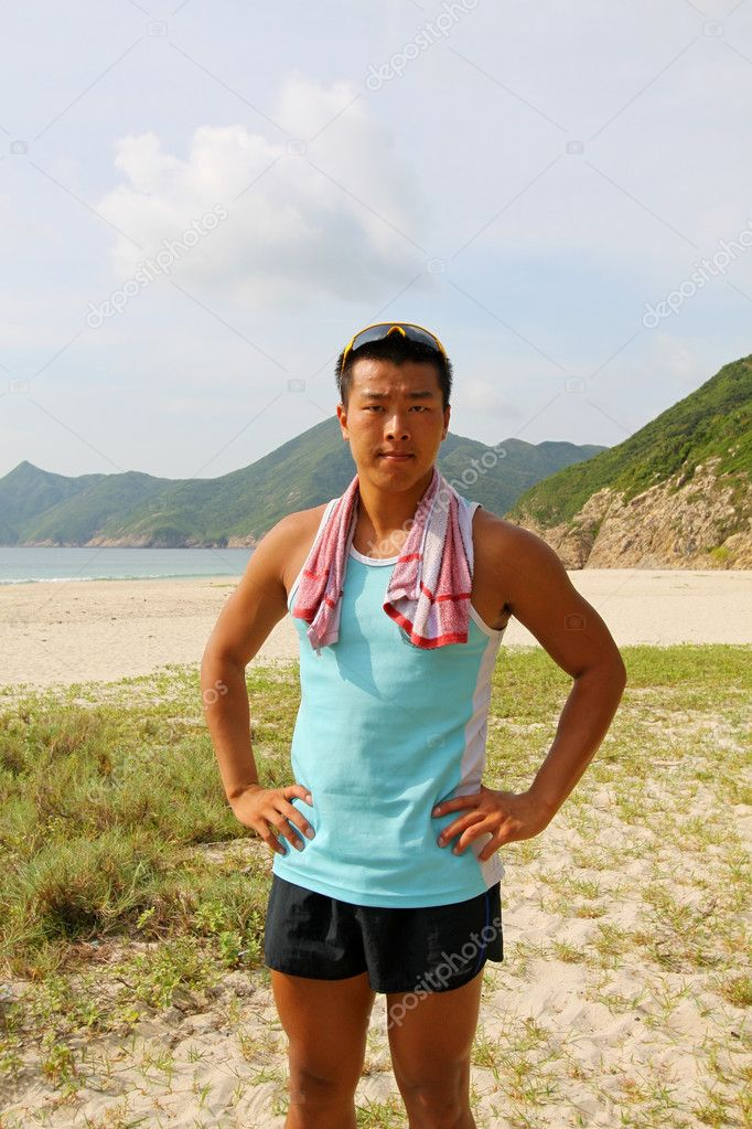 Young sports man outdoor, ready for hiking. — Stock Photo #6937517