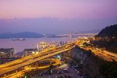 Tsing ma bridge ve otoyol sahne — Stok fotoğraf