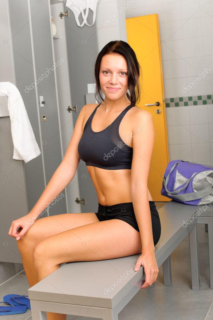 Спортивная раздевалка девушек фото 686-149